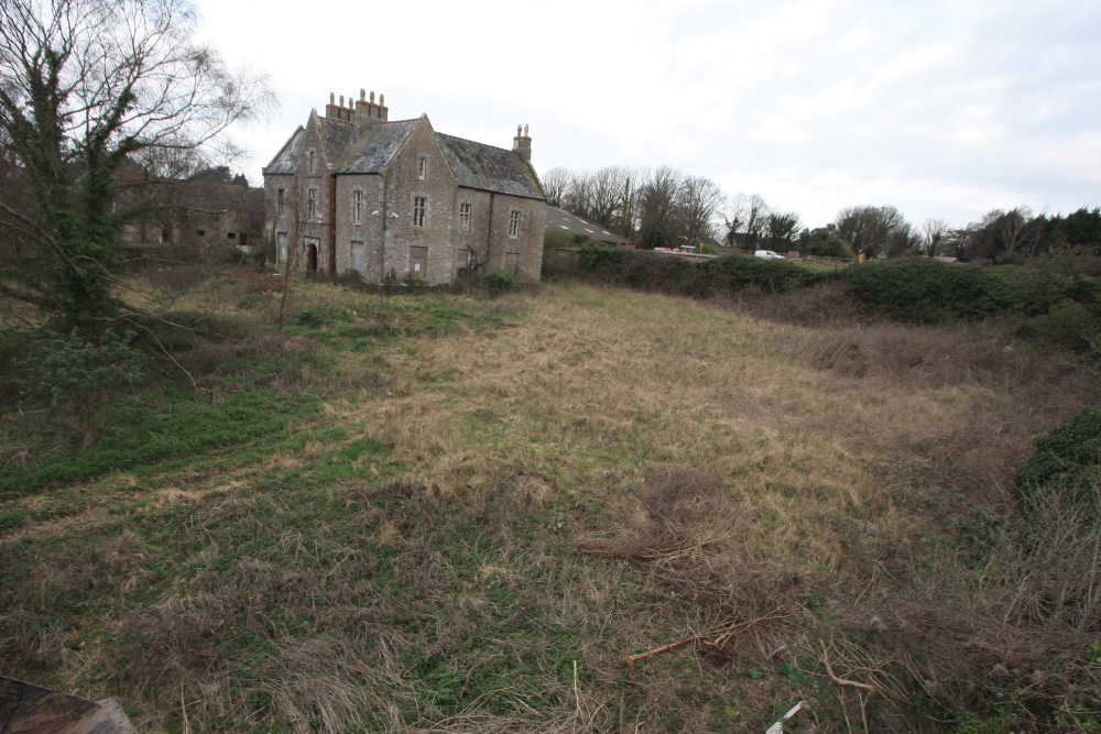 farmhouse-before